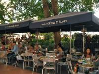 booksandbooks_outdoordining