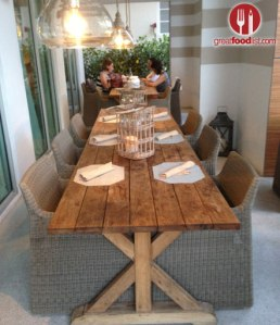 thelocalhouse_outdoor_dining
