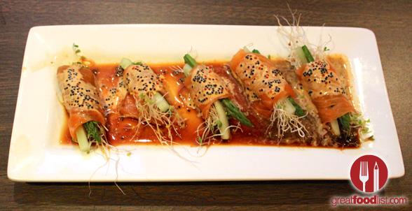 ikura_sushi_three